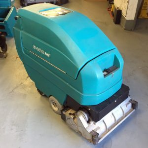 Tennant 5400 Refurbished Battery Scrubber Dryer