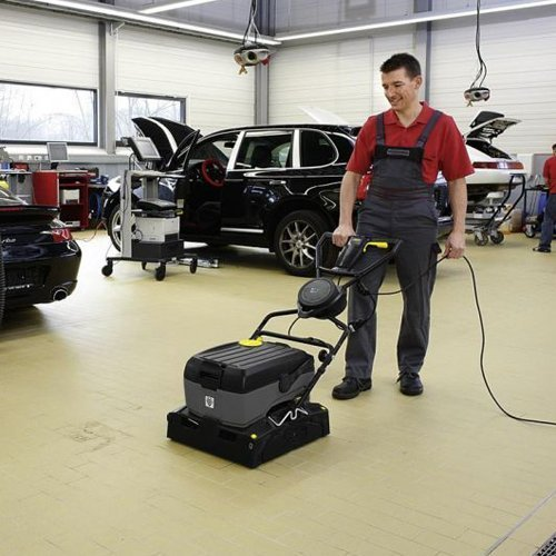 Karcher br40 10c new mains powered scrubber dryer for Best product to clean garage floor