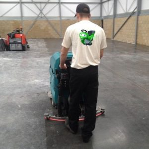 Tennant 5680 pedestrian scrubber dryer warehouse cleaning machine